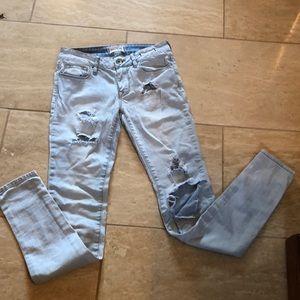 Bullhead totally destroyed jeans Sz 3/ 28